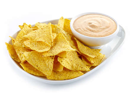 Assiette de nachos et trempette