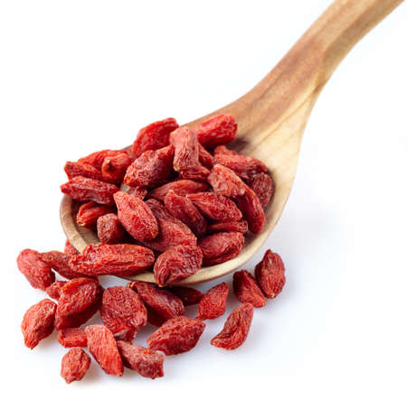 Wooden spoon of dried goji berries Stok Fotoğraf - 22916747