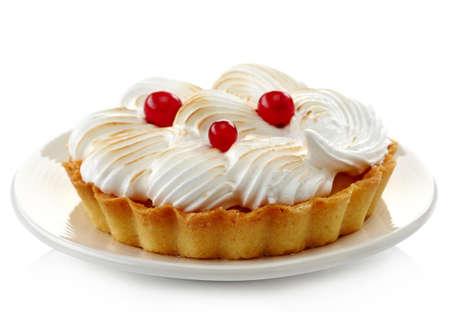 Placa de la tarta de limón y arándanos frescos aislados en el fondo blanco Foto de archivo - 29176468