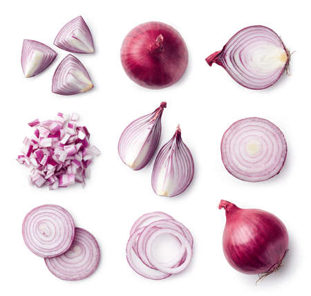Set of whole and sliced red onions isolated on white background. Top view Imagens