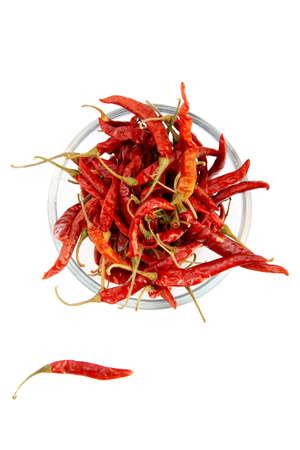 chiles secos: Chiles rojos secos en un tazón de vidrio