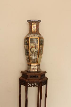 antique: Antique