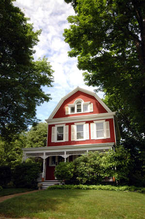 kept: A well kept Victorian house on a sunny day