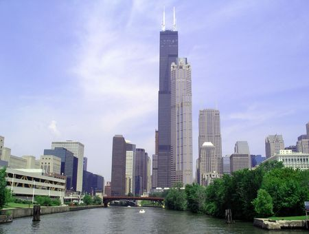 the sears tower: Sears Tower from Chicago River Stock Photo