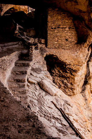 Gila Cliff Dwellings, built by Native Americans in New Mexico Foto de archivo