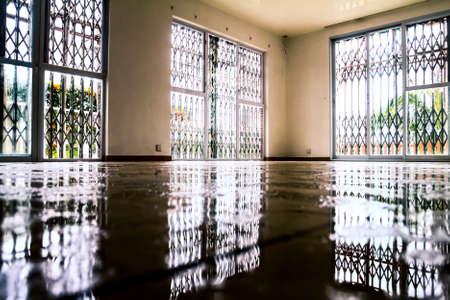 家の中の水の被害 写真素材