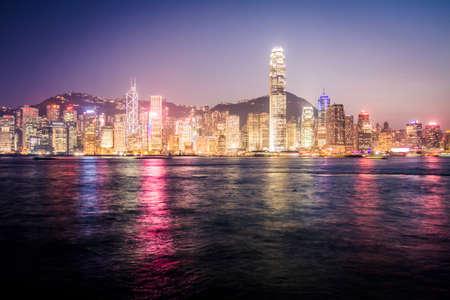Skyline of Hong Kong at nighttime Foto de archivo