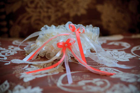 wail: Beautiful lace wedding garter with a bow.