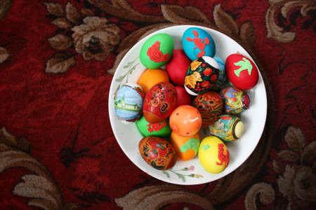 cake pops: Easter egg cake pops