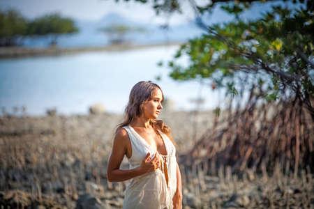 femme romantique: Belle jeune femme sexuelle Banque d'images