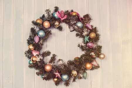 festive pine cones: Christmas tree decorated for Christmas