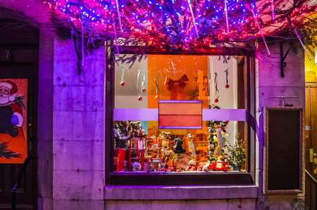 old port: MONTREAL, CANADA - DECEMBER 9, 2014: Christmas decoration in the windows of the store in the old port. Editorial