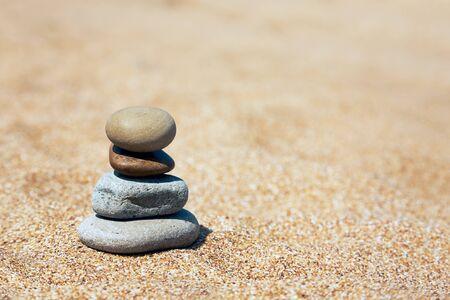 균형 및 조화의 개념입니다. 자연 배경입니다. 여름 해변 배경 스톡 콘텐츠