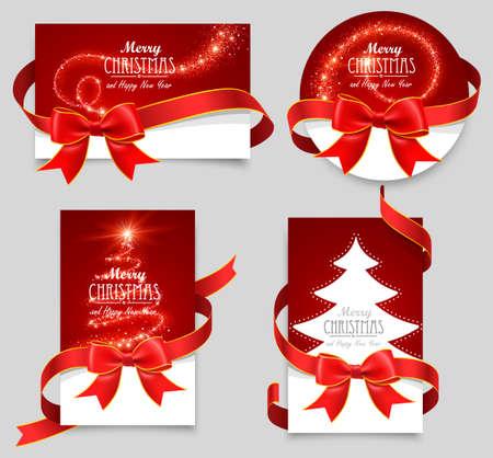 Les cartes-cadeaux avec des arcs rouges
