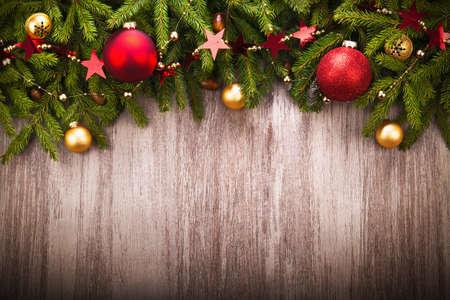 kerst interieur: Kerstdecoratie over houten achtergrond