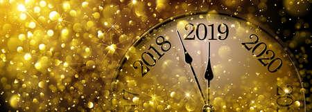 New Year s Eve 2019 Old Clock Standard-Bild - 110726687