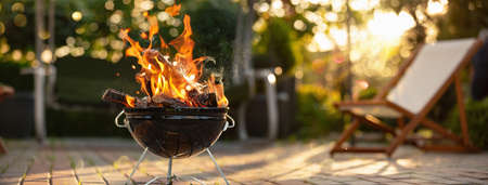 Barbecue Grill In The Open Air. Summer Holidays Standard-Bild