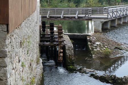 watermill: Antiguo molino de agua en Eslovenia