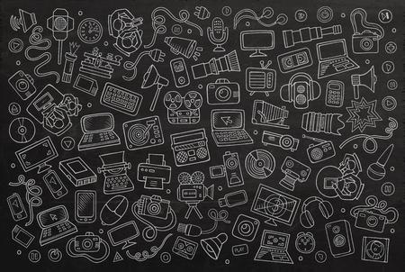 chalkboard: Chalkboard vecteur tiré par la main de bande dessinée de griffonnage ensemble d'équipements et de dispositifs objets et symboles