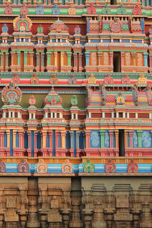 Background - painting of the walls of gopuram of the South Indian temple in Dravidian style. Banco de Imagens