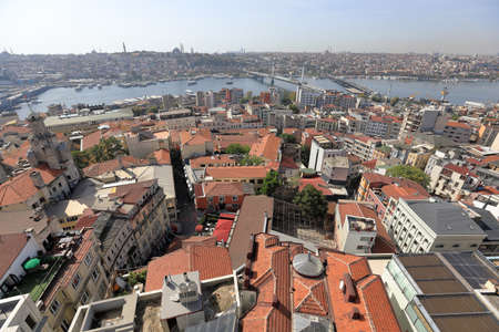 ISTANBUL, TURKEY - OCTOBER 07, 2020. Skyline of Istanbul, as seen from Galata Tower. View of the Golden Horn. City of Istanbul, Turkey. 報道画像