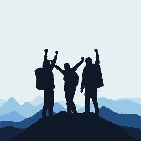 Illustration einer Berglandschaft mit realistischen Schattenbildern von drei Bergsteigern auf die Oberseite eines Berges mit siegreicher Geste unter einem blauen Himmel mit Nebel. Vektorgrafik