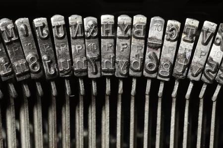 Close-up of old typewriter letter and symbol keys Banque d'images