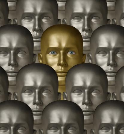 ser humano: Androides robóticos metálicos, una de oro con ojos humanos