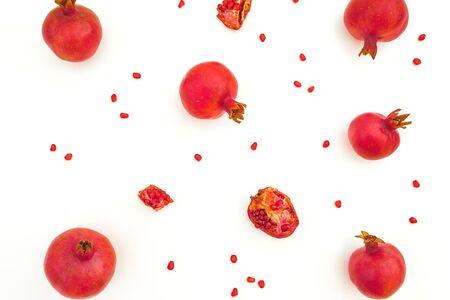Sweet pomegranate with seeds isolated on white background. Food background. Flat lay, top view Stok Fotoğraf - 133871315