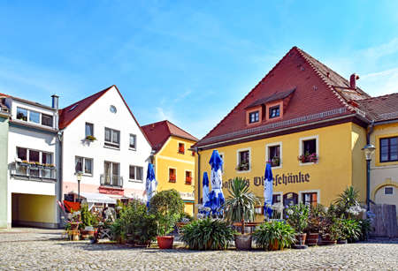 Radebeul, Germany - September 3, 2016: Houses and restaurants in the district Kötzschenbroda 新聞圖片