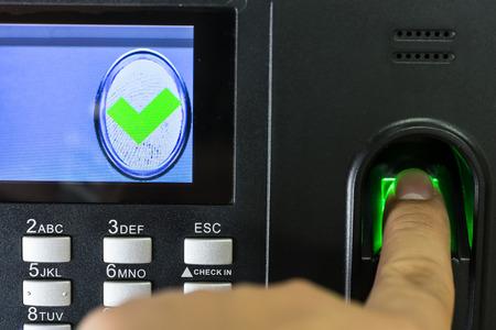 Vingerafdruk scan in te voeren beveiligingssysteem Stockfoto