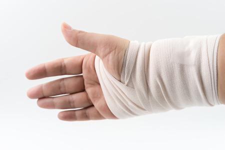 splint: hueso de la mano roto del accidente con el brazo entablillado Foto de archivo