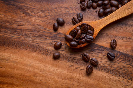 coffeetree: Coffee Beans Background  Coffee Beans  Coffee Beans on Wooden Background