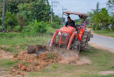 dozer: PHITSANULOK, THAILAND - DECEMBER 4 , 2016 : dozer in construction site  in Phitsanulok, Thailand