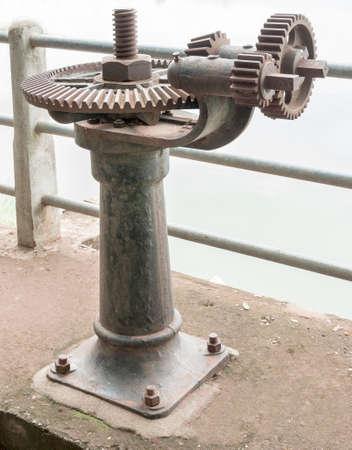 electric iron: old rust gear of sluice