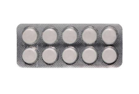 Vieilles pilules blanches en comprimé d'argent, expirer les médicaments, les soins de santé et le concept de médecine isolé sur fond blanc avec