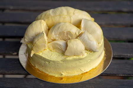 Durian cake and fresh yellow durian, Homemade Bakery in thailand, using as a background or wallpaper Standard-Bild