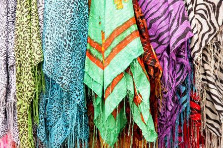 sciarpe: Lotto di sciarpe in diversi pattern di progettazione Archivio Fotografico