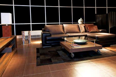 brown leather sofa: Classico divano in pelle marrone nel salotto di notte  Archivio Fotografico