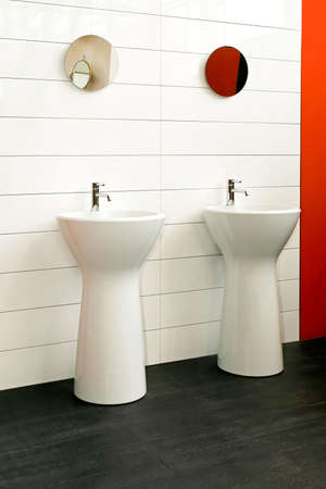 lavabo: Two wash stands in new big bathroom