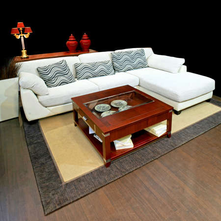 settee: Big living space with white leather settee