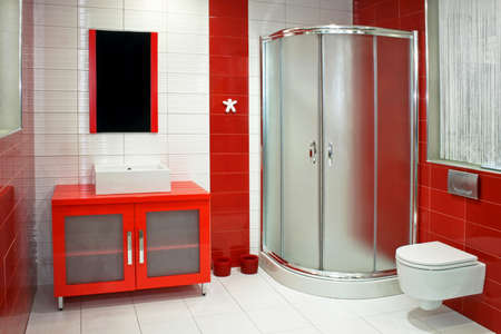 cabine de douche: Salle de bains moderne en rouge et blanc couleurs