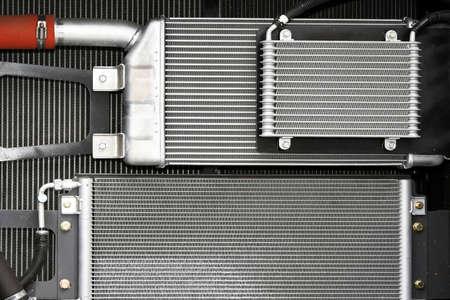 radiador: Agua de refrigeraci�n de radiadores para maquinaria industrial pesada