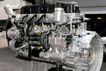 compresor: Cerca de disparo potente motor diesel Foto de archivo