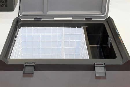Kleiner Tragbarer Kühlschrank : Tragbarer kompressor kühlschrank inklusive beschneidungspfad