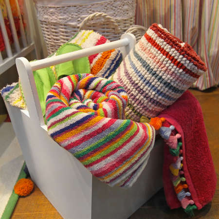 towelling: Organic coton colorful towels in wooden box
