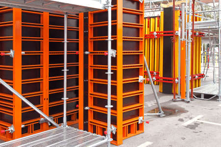 formwork: Scaffoldings and frameworks at building construction site Stock Photo
