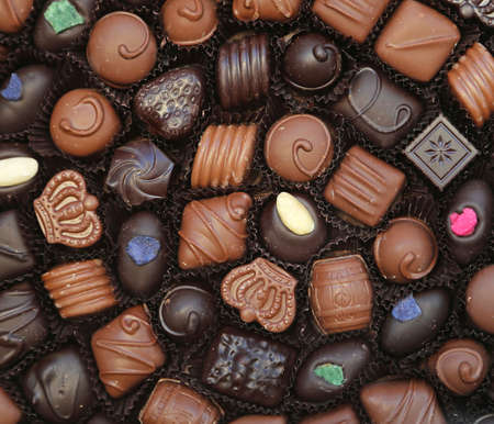 Gift box of chocolate pralines Foto de archivo