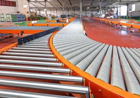 Przenośnik rolkowy Sortowanie Distribution System w Magazynie