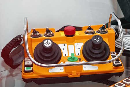 Wireleess industriële afstandsbediening voor bouwmachines Stockfoto - 85470374